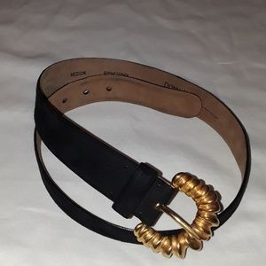 Donna Karan New York leather belt size medium